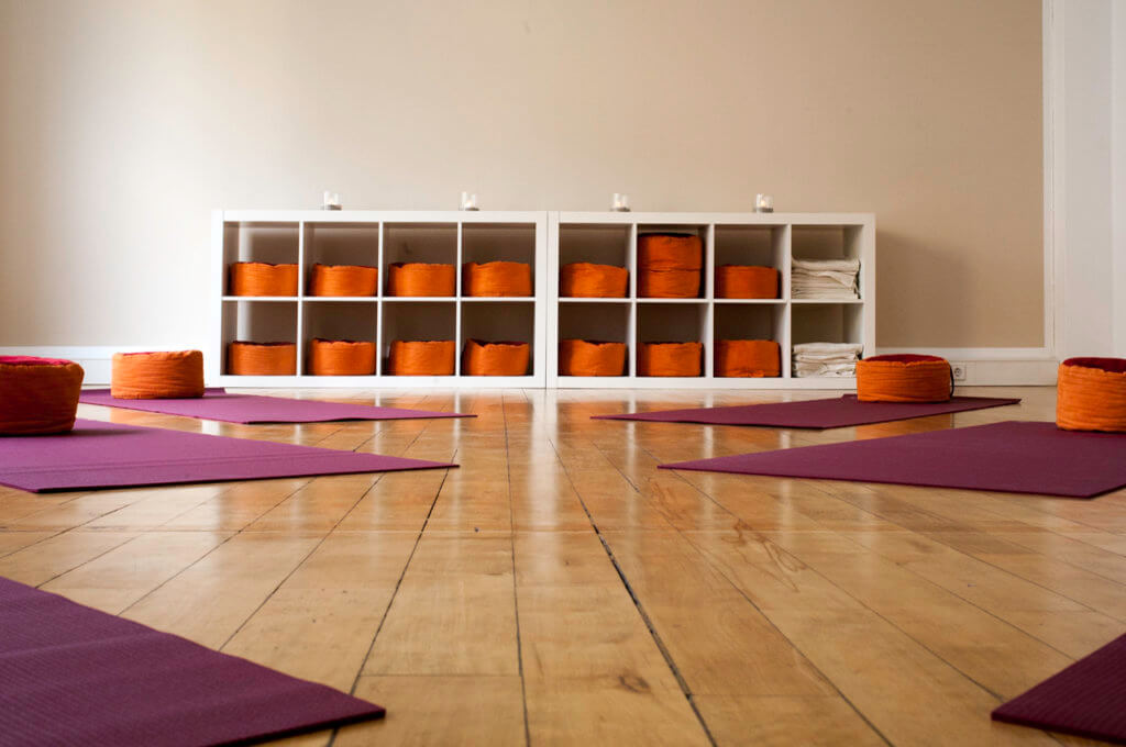 Yoga im Seminarraum