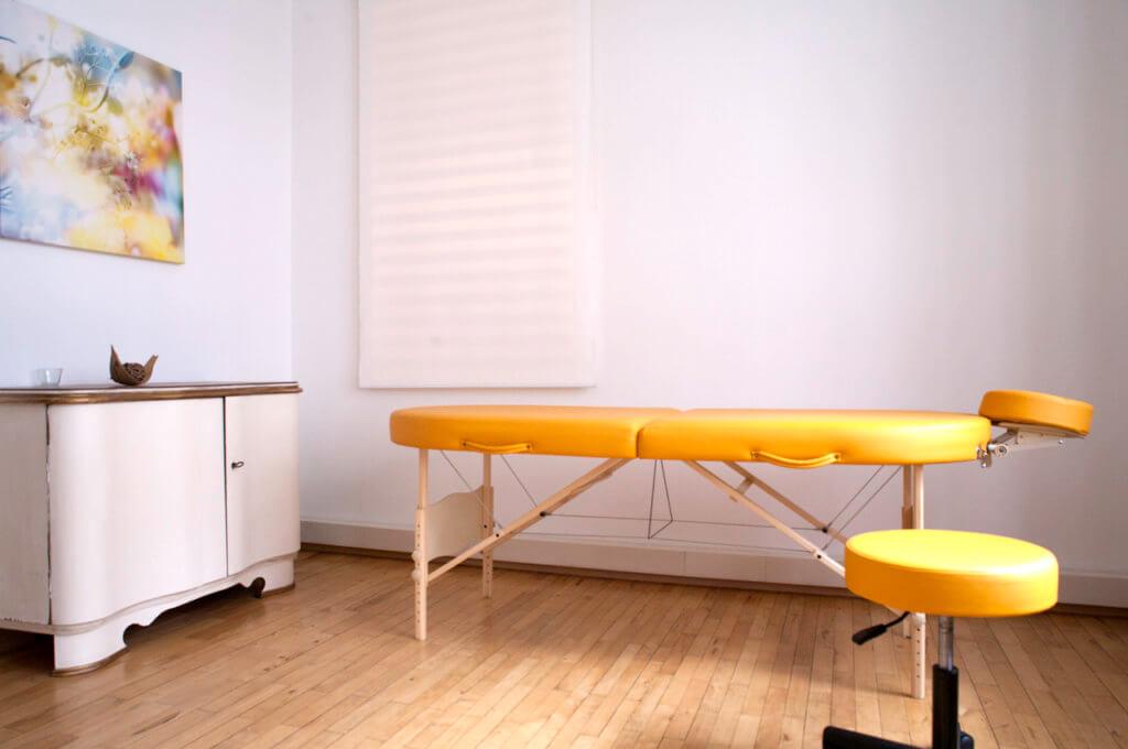 Massage im Praxisraum